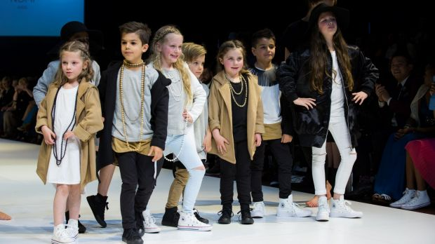 Kid models learn about fashion show